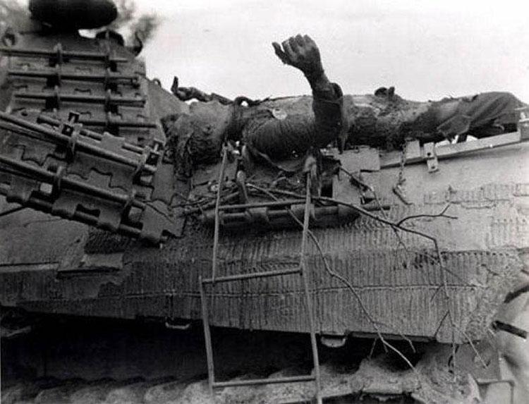 Diverses photos de la WWII - Page 14 76712