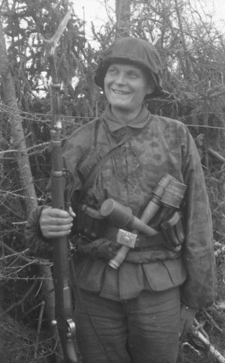 Diverses photos de la WWII - Page 30 76822
