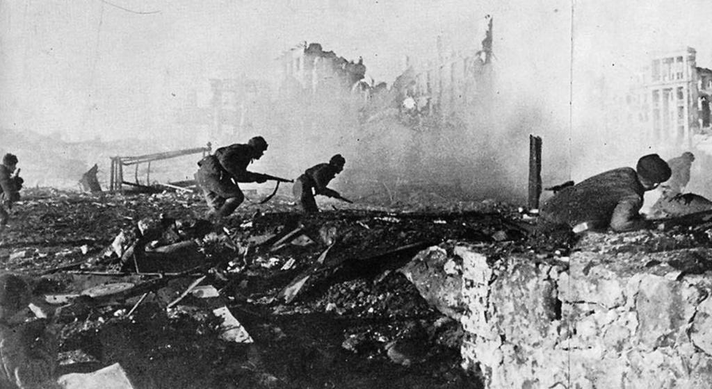 Diverses photos de la WWII - Page 2 77715