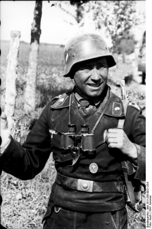 Diverses photos de la WWII - Page 30 77919