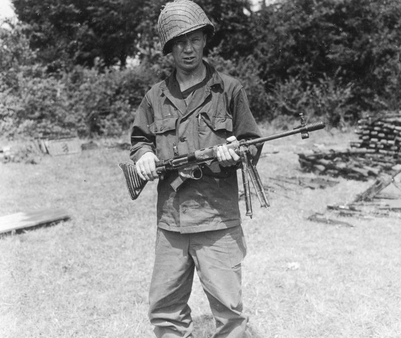 Diverses photos de la WWII - Page 14 78012