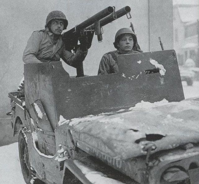 Diverses photos de la WWII - Page 30 78120