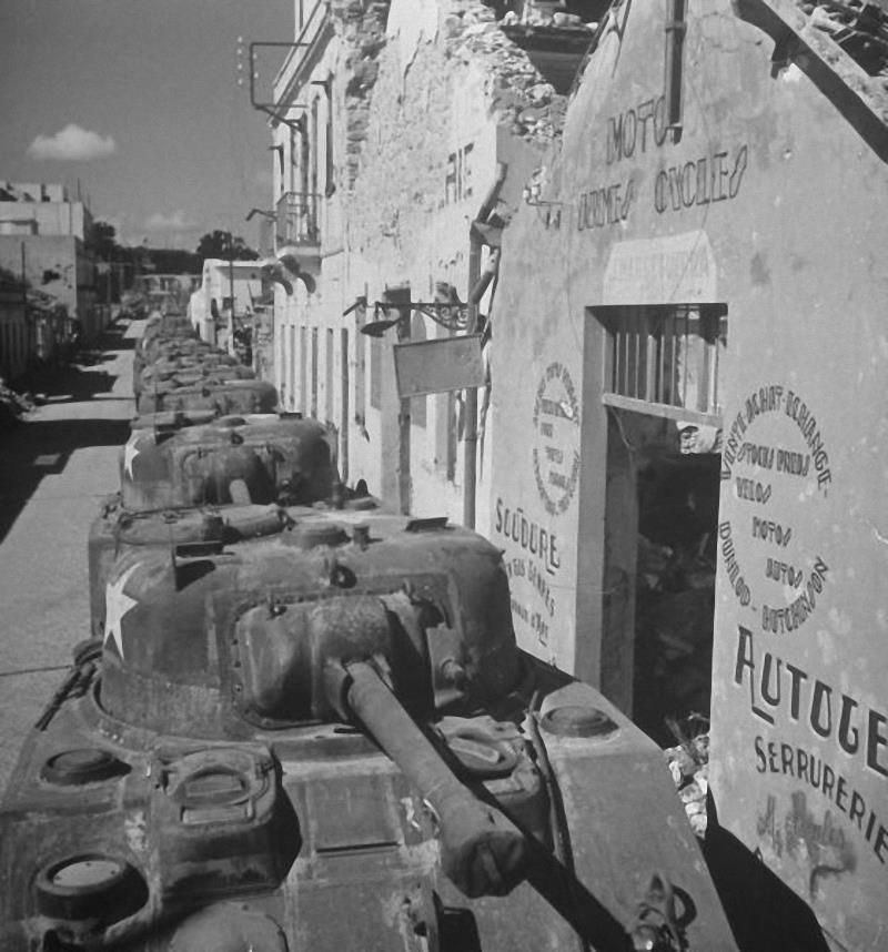 Diverses photos de la WWII - Page 4 7826