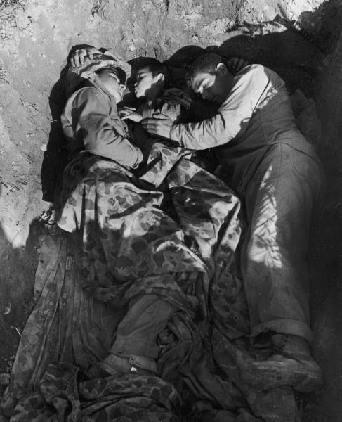 Diverses photos de la WWII - Page 2 7829