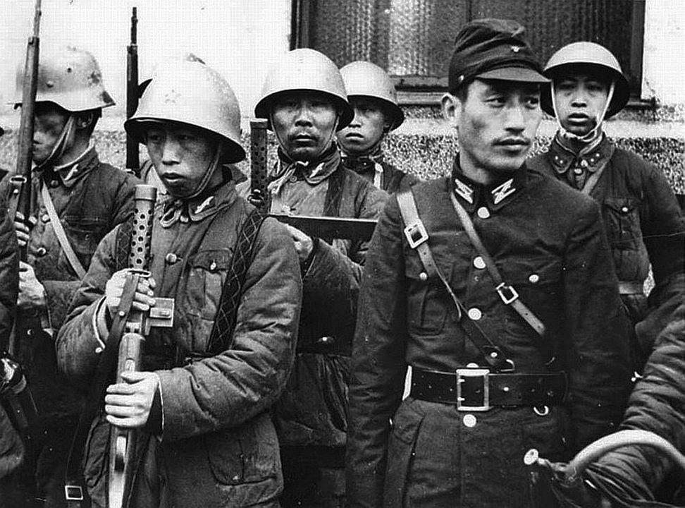 Diverses photos de la WWII - Page 14 78812