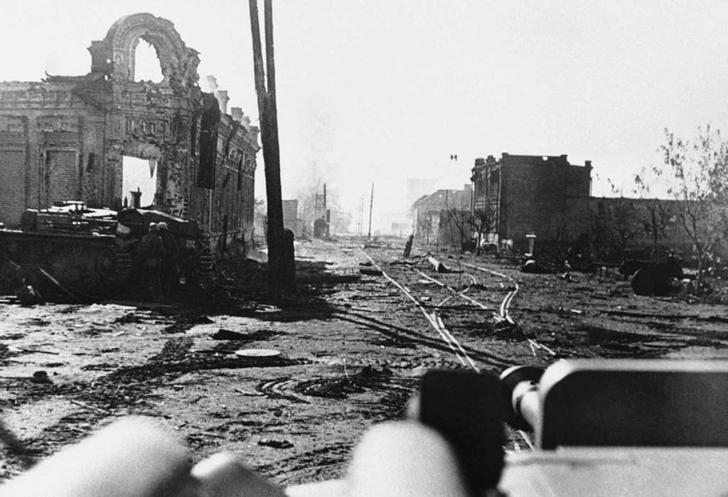 Diverses photos de la WWII - Page 2 78915