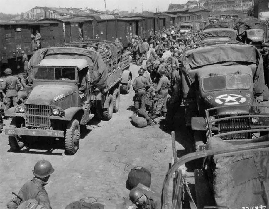 Diverses photos de la WWII 7923
