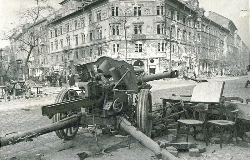 Diverses photos de la WWII - Page 14 79512