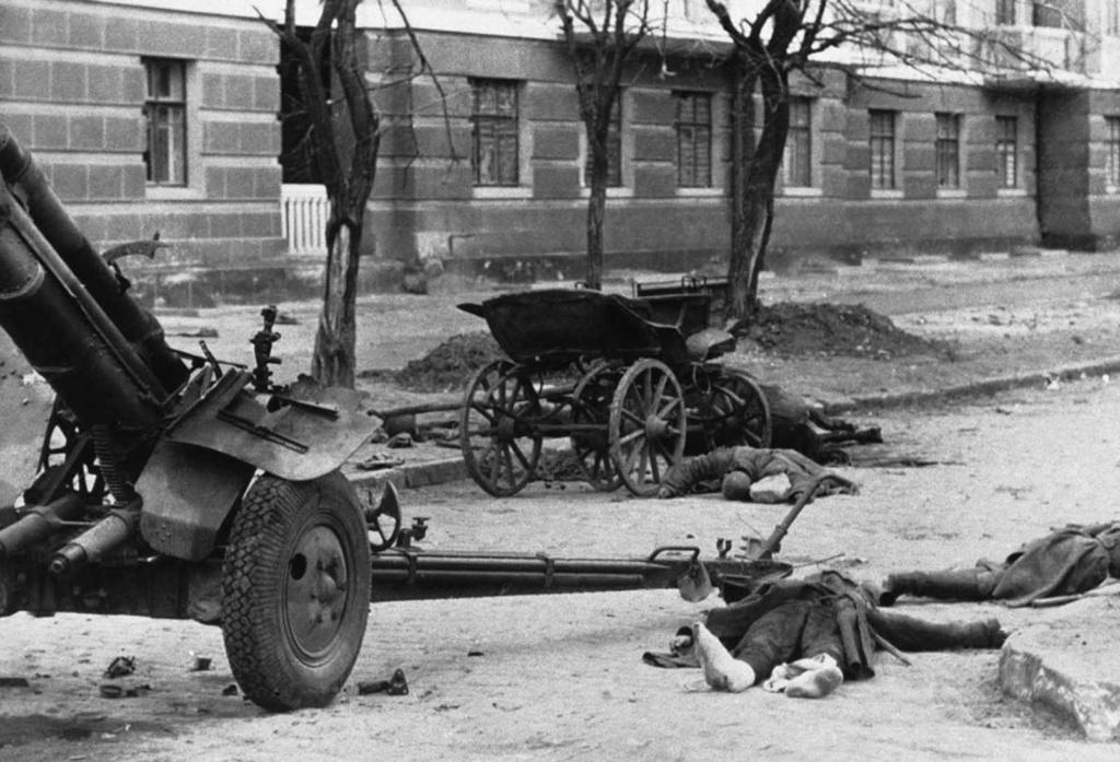 Diverses photos de la WWII - Page 2 79515