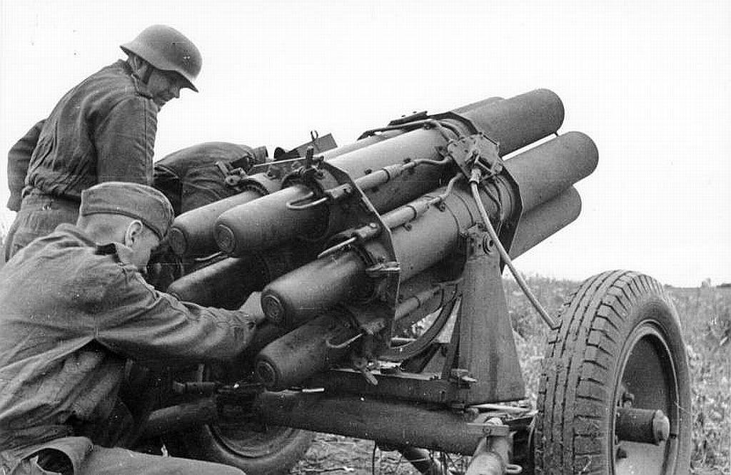 Diverses photos de la WWII - Page 14 79912