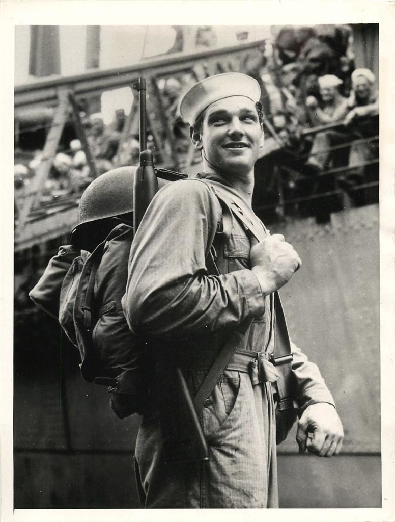 Diverses photos de la WWII - Page 2 8031