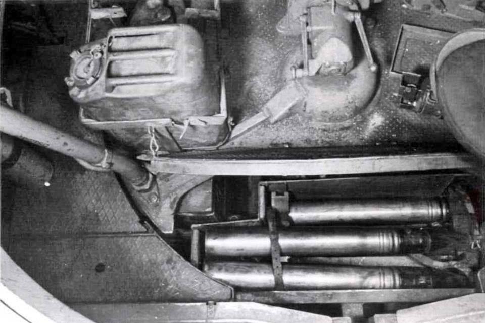 Diverses photos de la WWII (fichier 8) - Page 2 81027