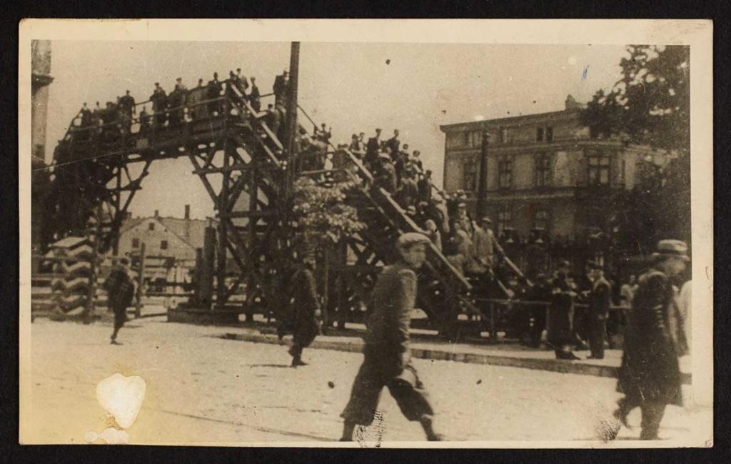 Diverses photos de la WWII - Page 2 81113