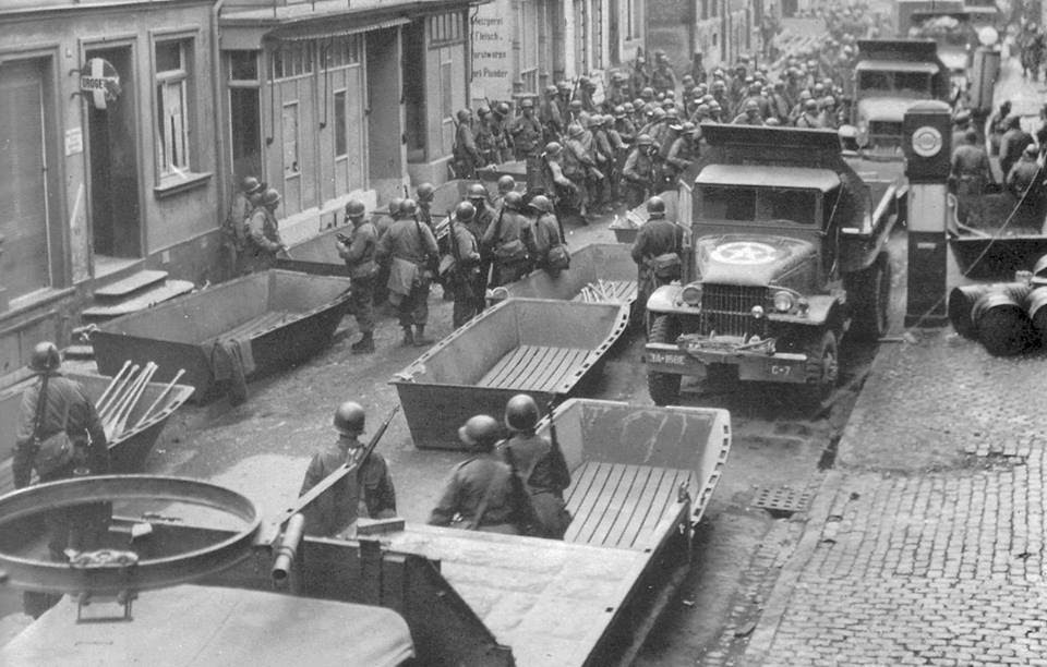 Diverses photos de la WWII 8223