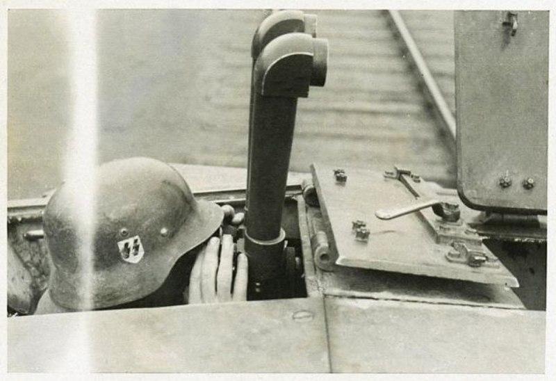 Diverses photos de la WWII - Page 4 8226