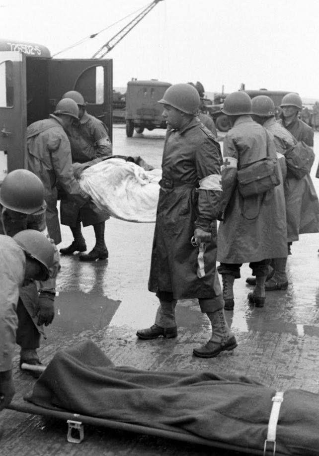 Diverses photos de la WWII - Page 3 8230