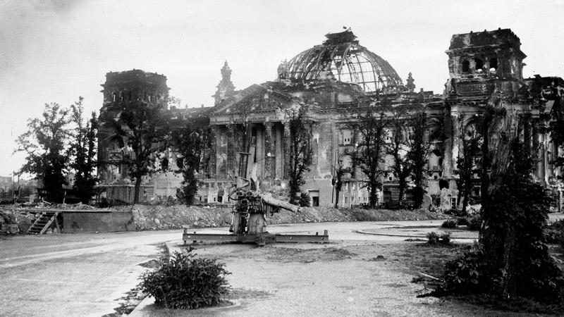 Diverses photos de la WWII - Page 32 83117