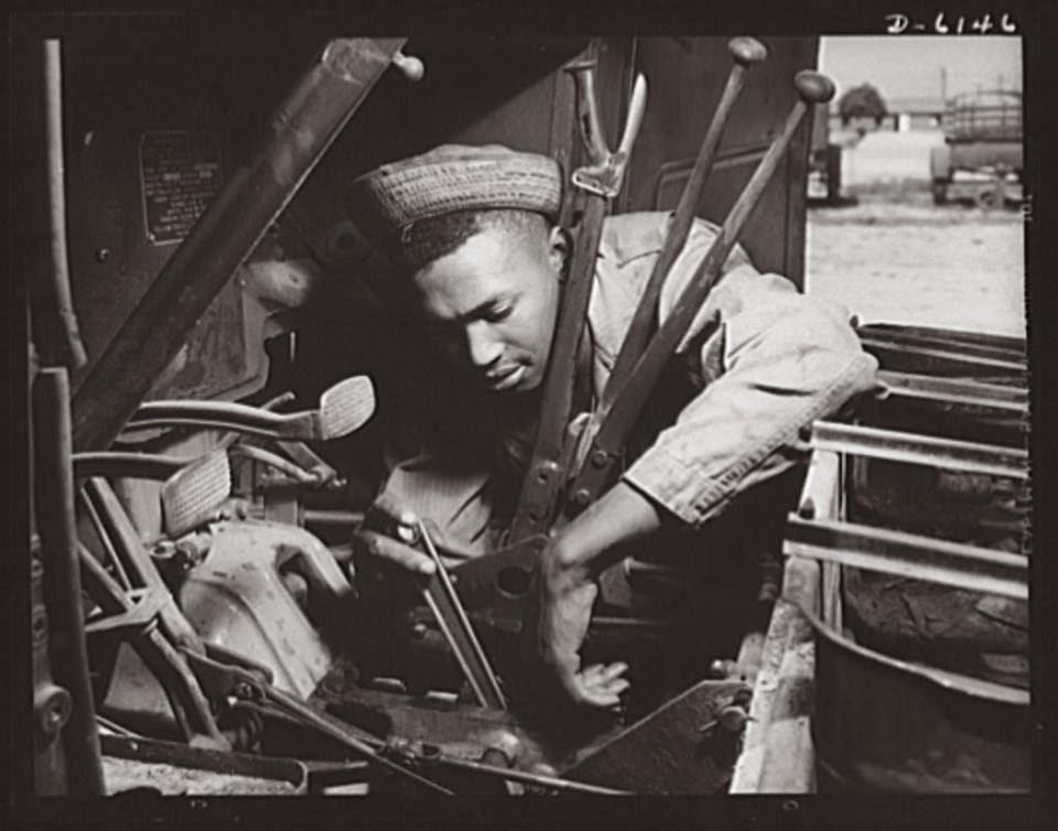 Diverses photos de la WWII 8323