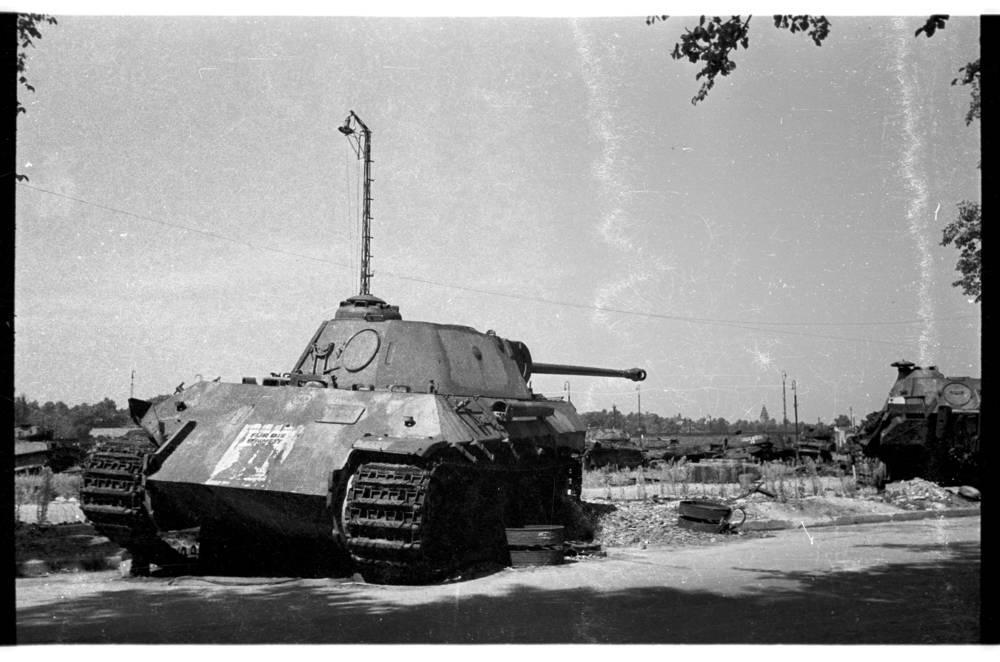 Diverses photos de la WWII - Page 32 84119