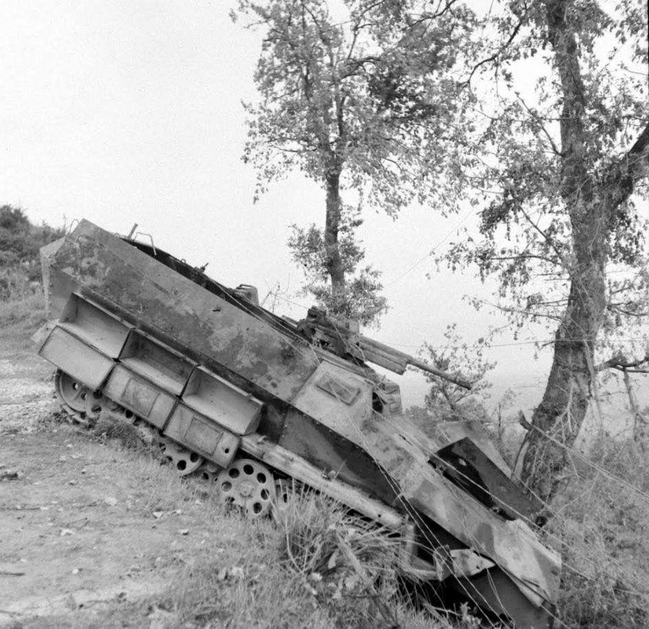 Diverses photos de la WWII (fichier 8) - Page 3 84320