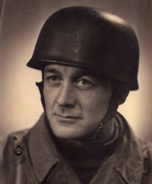 Diverses photos de la WWII (fichier 8) - Page 3 84421