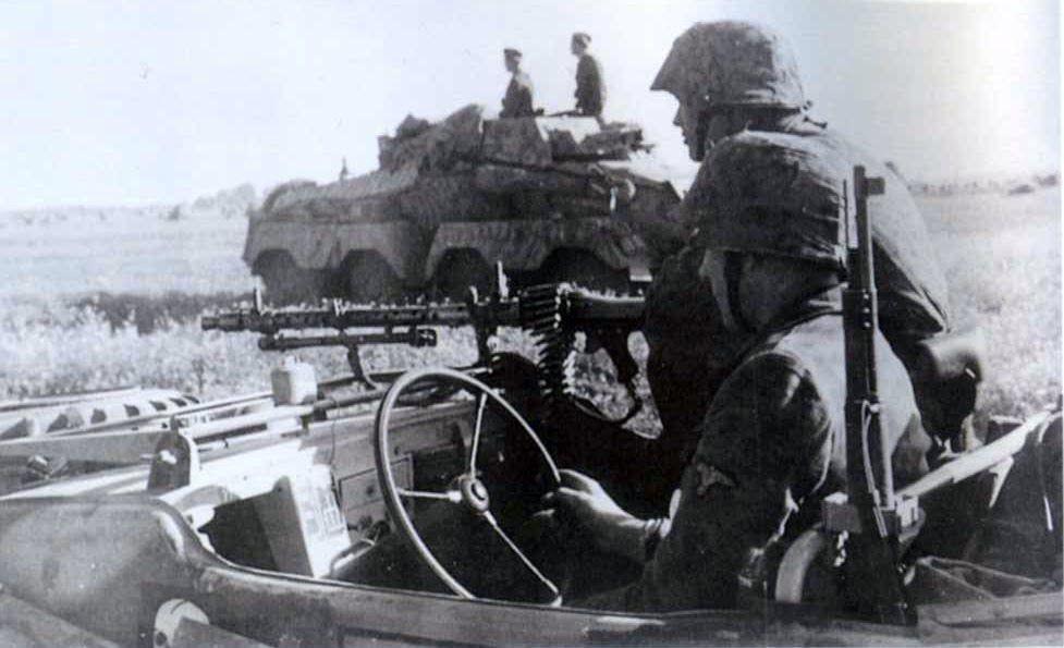 Diverses photos de la WWII (fichier 8) - Page 3 85020