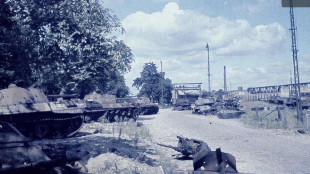 Diverses photos de la WWII - Page 32 85419