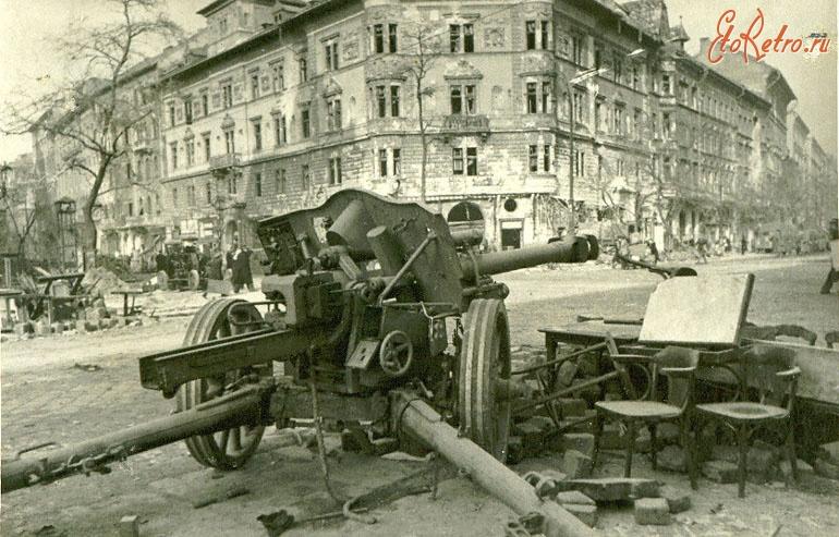 Diverses photos de la WWII - Page 32 85519