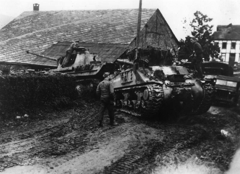 Diverses photos de la WWII - Page 32 86118