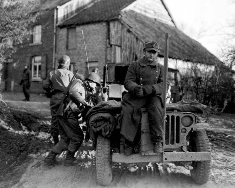 Diverses photos de la WWII - Page 4 8623