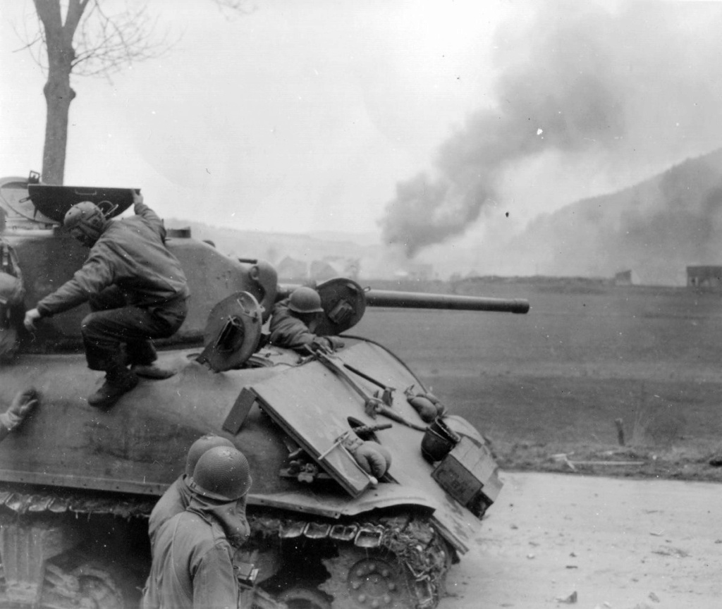 Diverses photos de la WWII - Page 32 87318