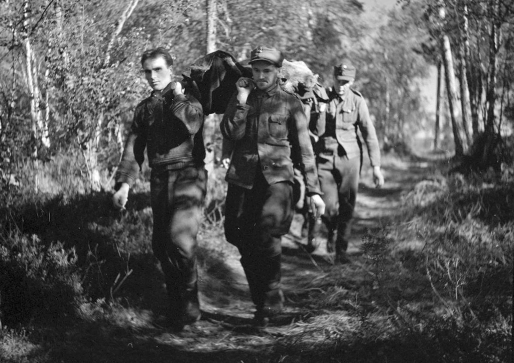 Diverses photos de la WWII - Page 37 87611