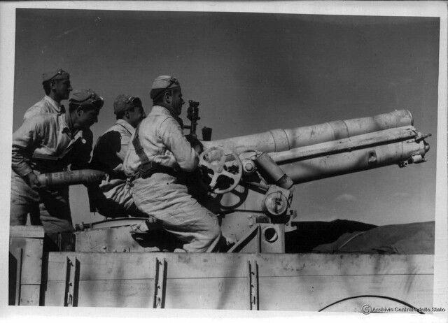 Diverses photos de la WWII - Page 32 88019