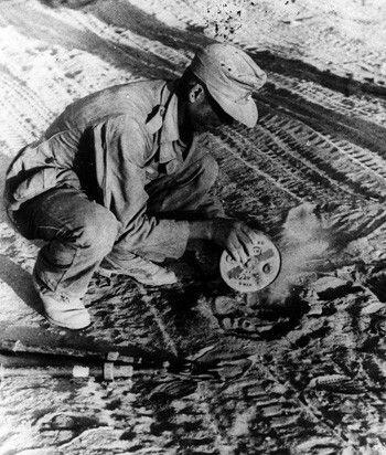 Diverses photos de la WWII - Page 32 88318