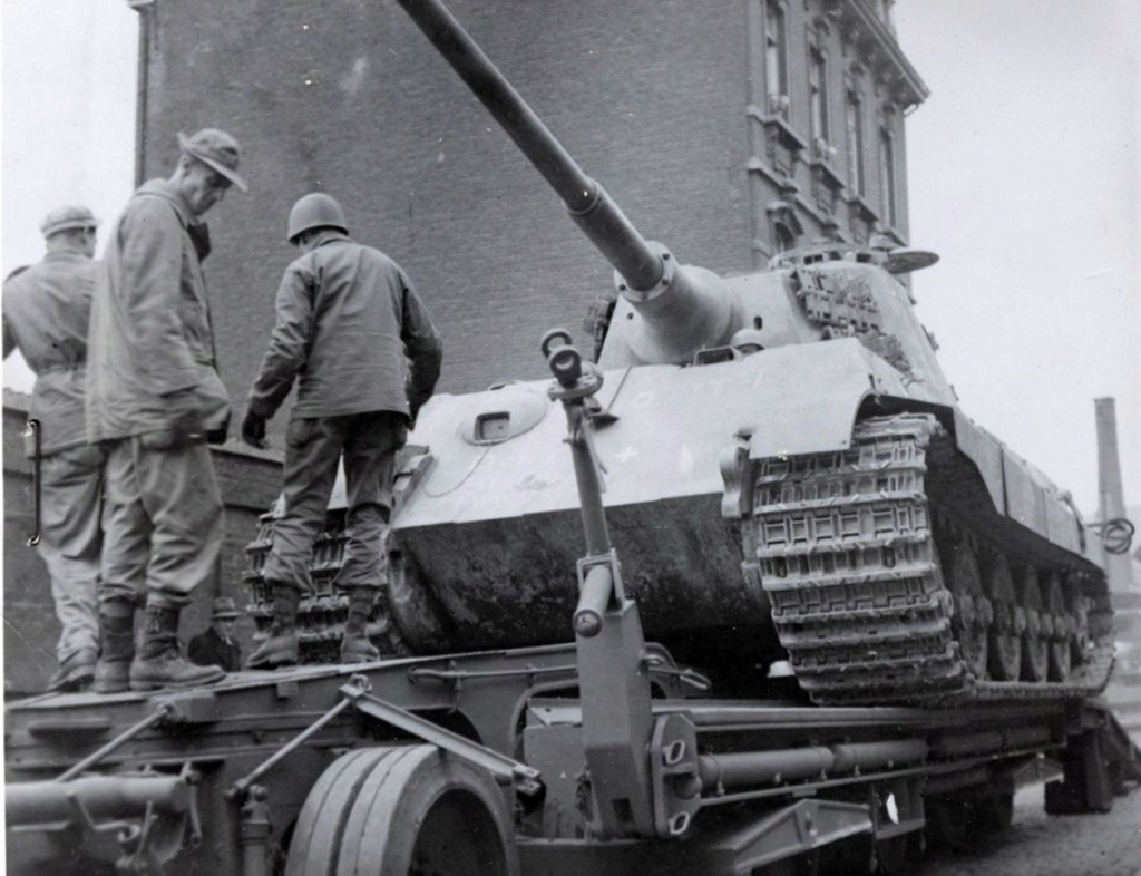 Diverses photos de la WWII - Page 32 88519