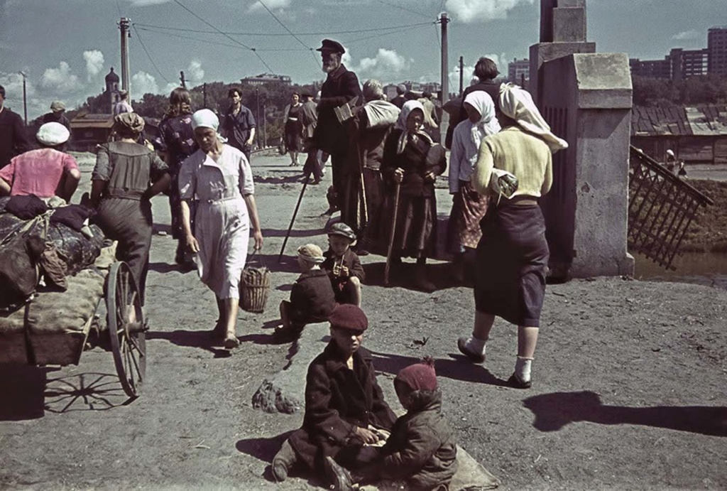Diverses photos de la WWII - Page 38 88911