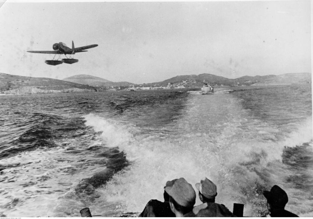 Diverses photos de la WWII - Page 5 92614