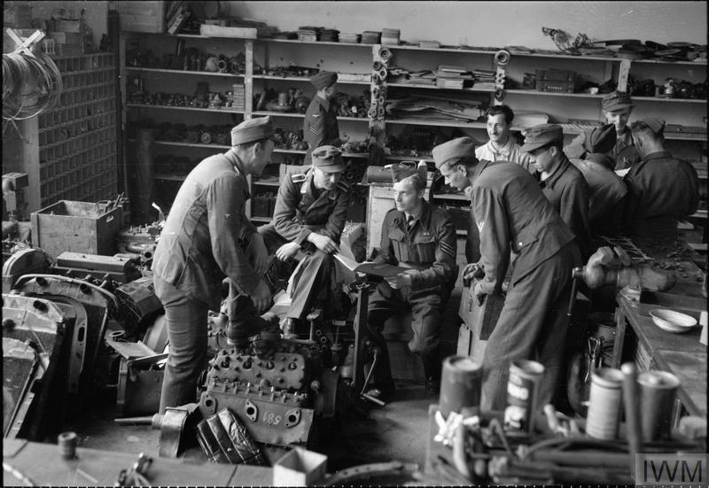 Diverses photos de la WWII - Page 3 9324