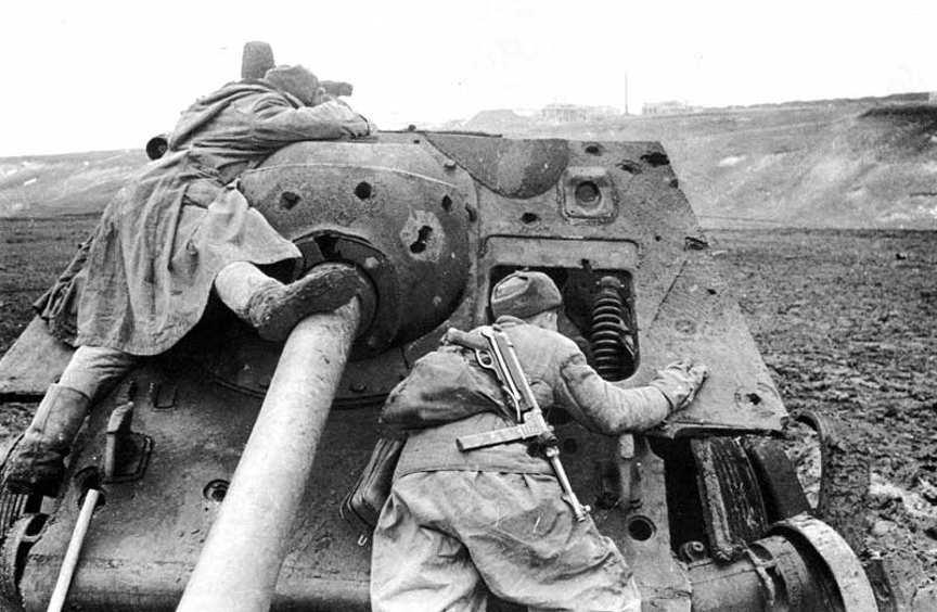 Diverses photos de la WWII - Page 3 9426