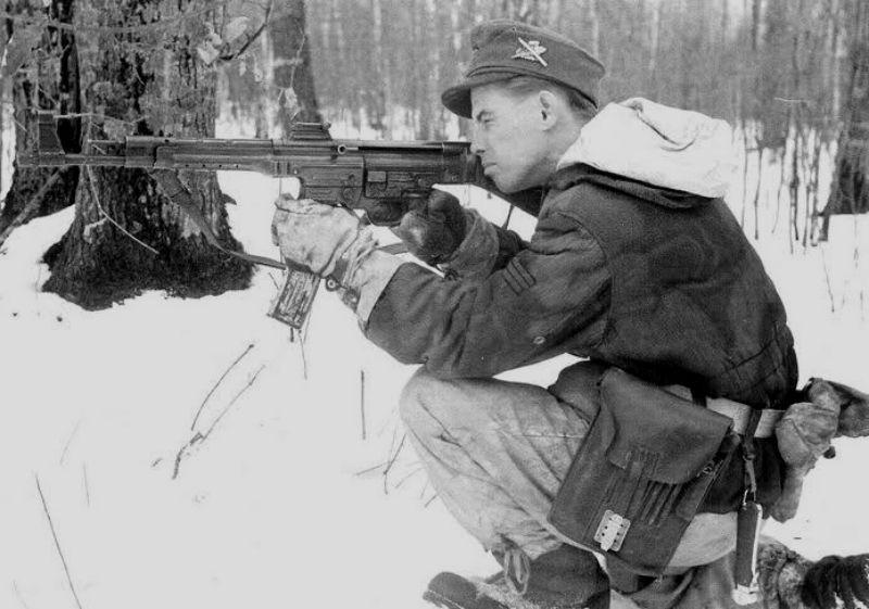 Diverses photos de la WWII (fichier 8) - Page 3 94721