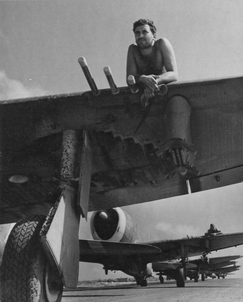 Diverses photos de la WWII - Page 39 9534