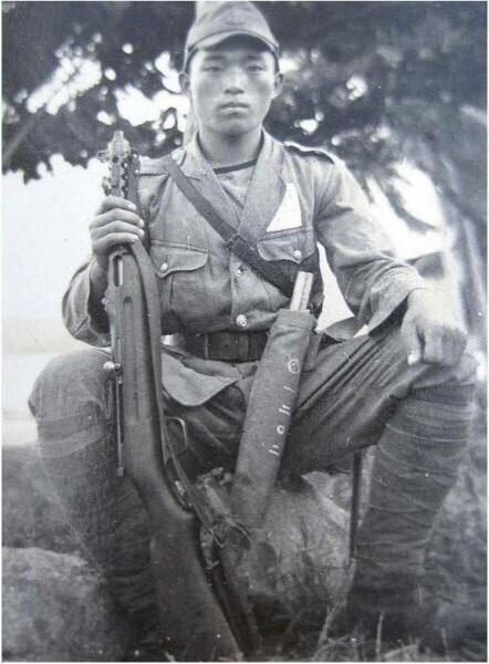 Diverses photos de la WWII - Page 37 95411