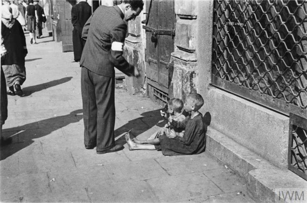 Diverses photos de la WWII - Page 40 95510