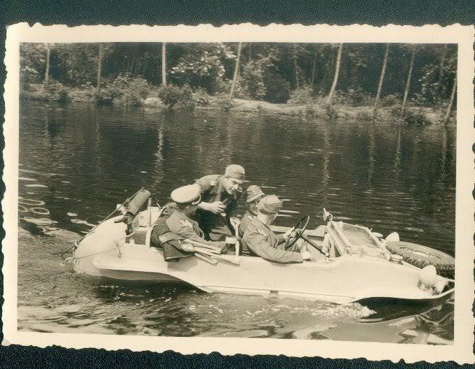 Diverses photos de la WWII - Page 39 959