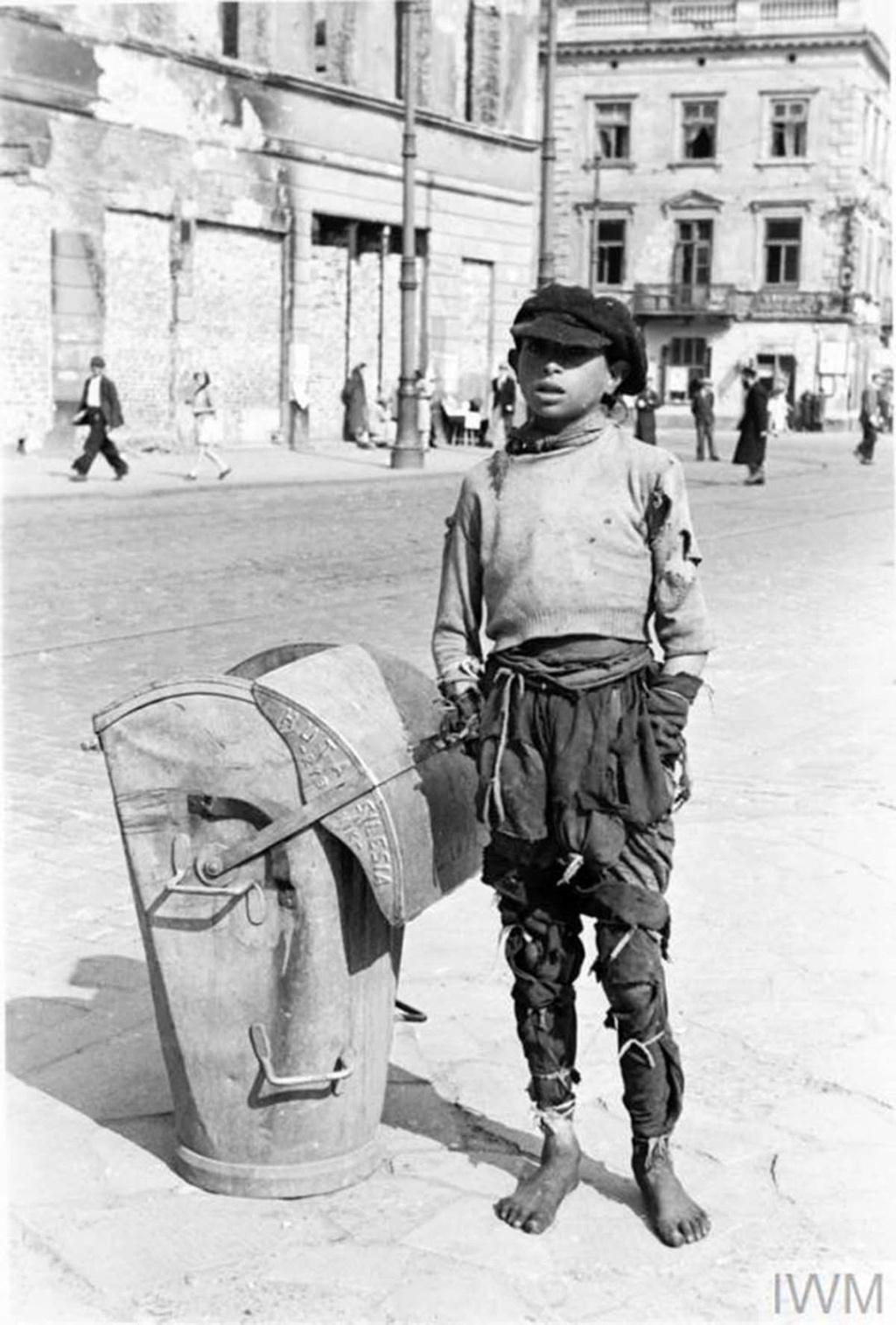 Diverses photos de la WWII - Page 40 95911