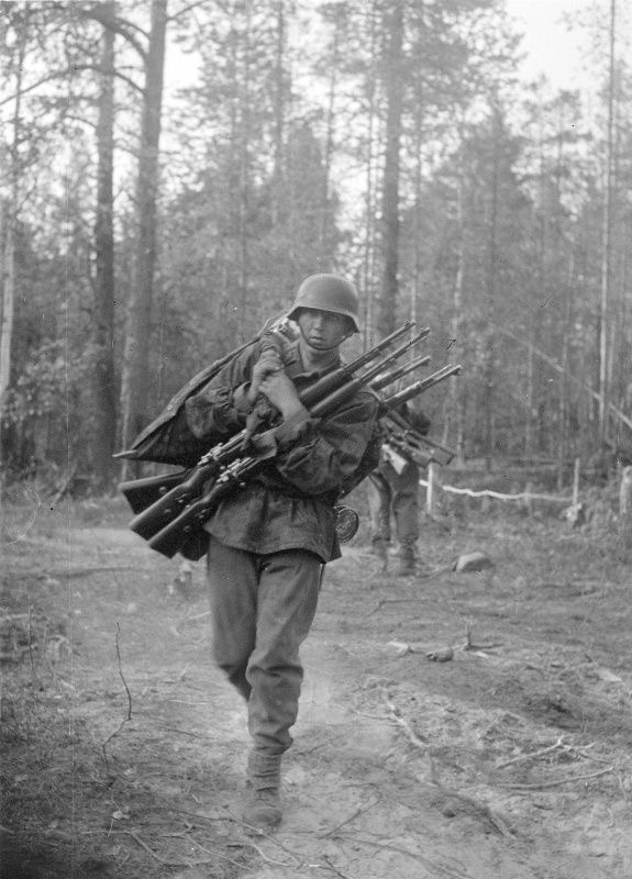 Diverses photos de la WWII (fichier 8) - Page 4 97220