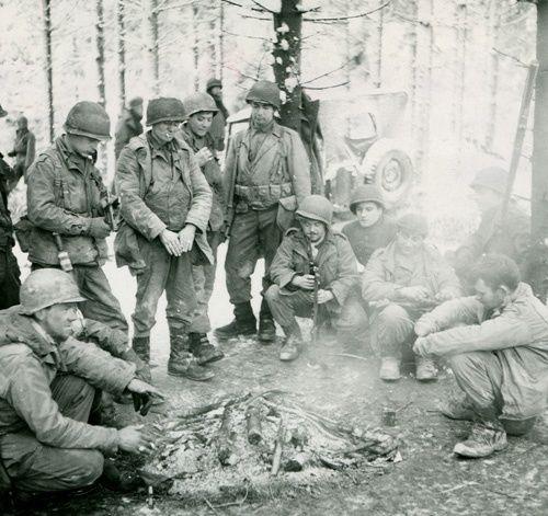 Diverses photos de la WWII - Page 37 97614