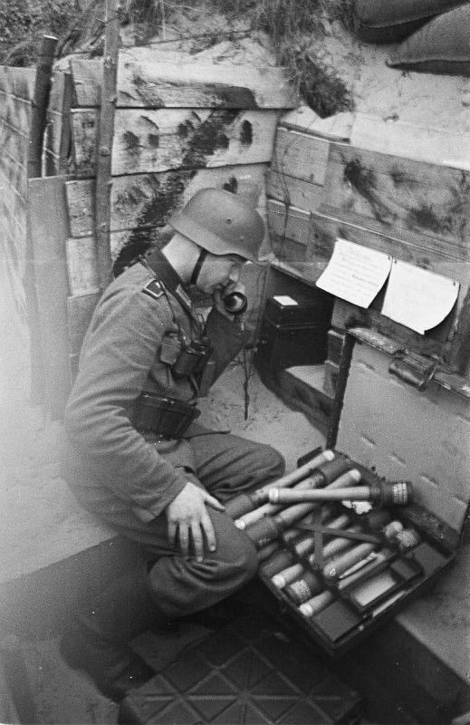 Diverses photos de la WWII - Page 37 97713
