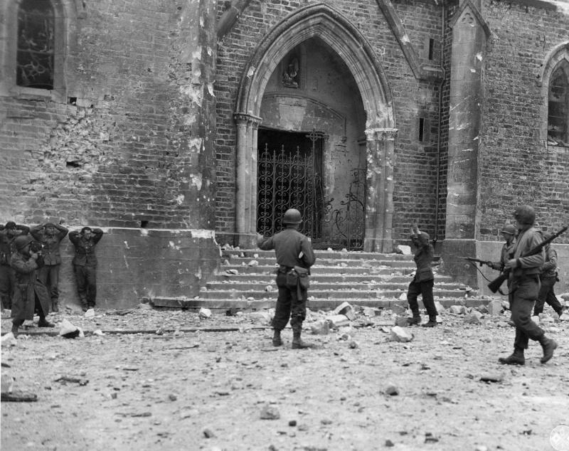 Diverses photos de la WWII - Page 37 98213