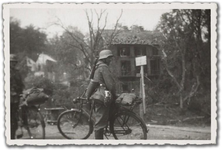 Diverses photos de la WWII - Page 37 98313